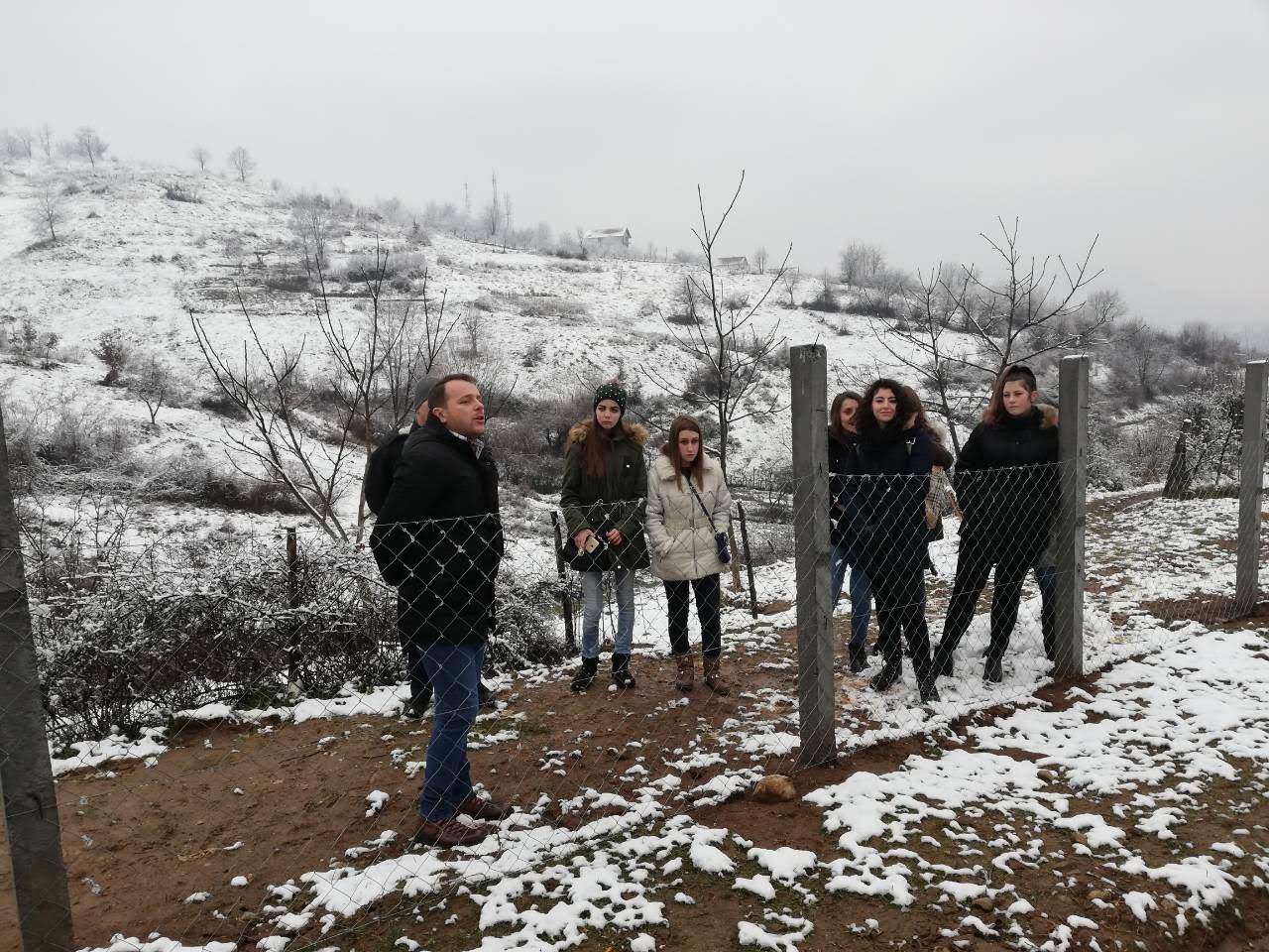 Učenici Srednje škole poljoprivrede, prehrane, veterine i uslužnih djelatnosti posjetili poljoprivredno edukacioni poligon Park šume Mojmilo