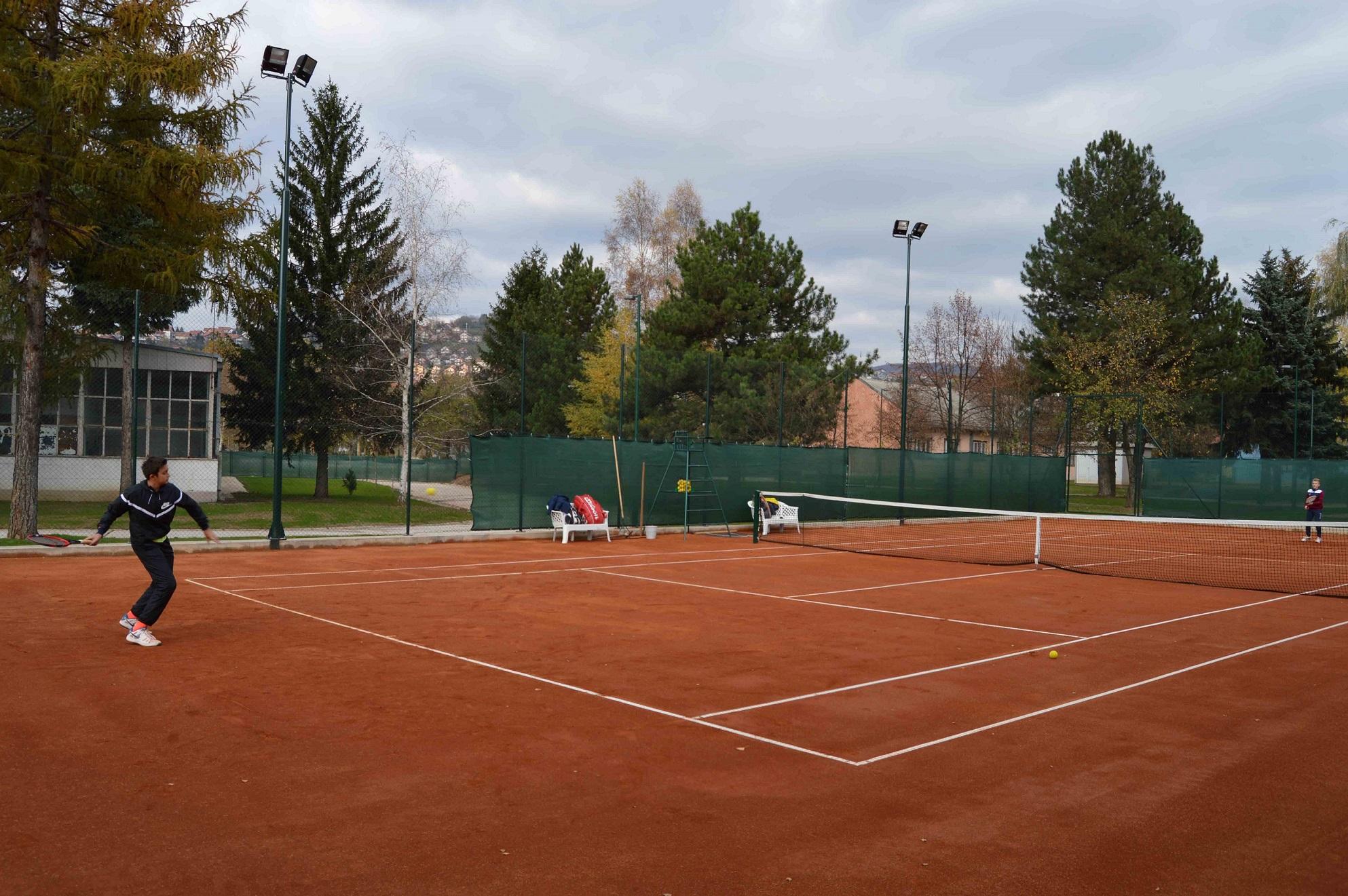 Teniski tereni u Centru ''Safet Zajko''