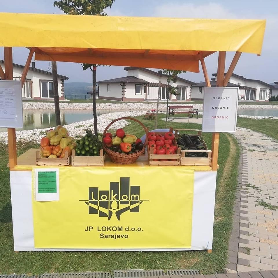 """Organski proizvodi sa poljoprivredno edukativnog poligona Mojmilo - JP """"Lokom'' na sajmu Sarajevo Resort Osenik"""